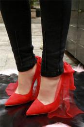 Senhoras sexy Voltar Bowtie com Malha Bombas Senhoras Vermelho Brilhante Low Cut Saltos Finos Sapatos Único Dedo Apontado Mulher De Salto Alto Do Casamento de