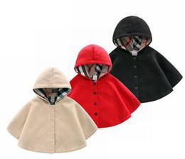 2019 poncho fille de fleur 3 couleurs bébé nouveau cap naissance vêtement laine coupe-vent Cape bébés épaissie manteau chaud bébés Vêtements enfants Outwear
