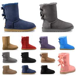 Botas de nieve de lujo online-Nuevo boots australia diseñador botines de piel para mujer triple negro gris azul marino rosa castaño moda lujo clásico bota de nieve zapatos de mujer talla 36-41