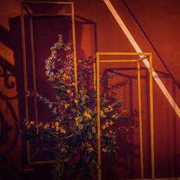 Deutschland Dekorative blume Beliebte Bodenvasen Kurze Blume Stehen Metall Straße Führt Hochzeit Herzstück Für Event Party Dekoration EEA308 supplier wedding road decoration Versorgung