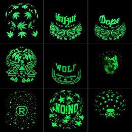 2019 мужская модная кепка Флуоресценция Бейсболка Зеленое Свечение Темный Светящийся Хип-Хоп Шляпа Ночной Свет Модные Женщины Мужчины Snapback Шапки дешево мужская модная кепка