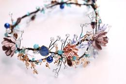 blaue perlengirlande Rabatt Kopfbedeckungen Goldene Blaue Handgefertigte Perlen Barock Blumen Girlande Rundreifen Krone Braut Hochzeit Zubehör Y19051302