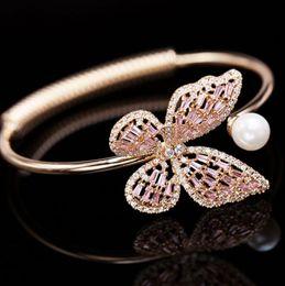 2019 pulsera sherlock Diseñador de moda de joyería de lujo lindas pulseras de mariposa ajustables para las mujeres con incrustaciones de circonitas incrustadas de uñas de amor pulsera