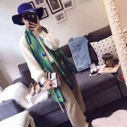Длинные зеленые перья онлайн-Женщины дизайнер Шелковый зеленый шарф 2019 Новая весна роскошный шарф павлинье перо печатных шарфы длинный платок женский Foulard 180x90cm свободный корабль