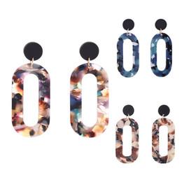 Semplici orecchini a goccia lunghi online-Geometric Drop Earrings Iperbole Blue Brown Colorful Ciondola gli orecchini Donna Costume Gioielli Fascino Regali Lungo Semplice Eardrop