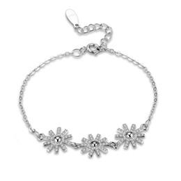 Braccialetto d'argento tre cuori online-Tre Catene Twist Sun Flowers S925 Argento Bracciali zircone CZ perline di diamante dei braccialetti di fascino di Londra Cuore braccialetto di modo POTALA228