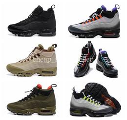 2019 Nuove scarpe da corsa 95 Sneakers Air impermeabile Uomo Nero Stivali  95s Sneakerboot High Top scarpe da ginnastica da uomo sportive Mens Maxes  Sneakers ... 480776931b8