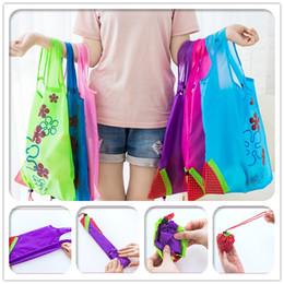 Симпатичные многоразовые торговые столы онлайн-Портативные сумки для покупок Симпатичные клубничные складные сумки для хранения Многоразовые сумки для покупок Большие сумки для покупок Многоцветный чехол