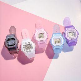 Relógios de pulso on-line-Quadrado de discagem relógio esportivo senhoras LED relógio de pulso à prova d'água digital choque Candy-colored pulseira transparente moda casual estilo Sport Relógios