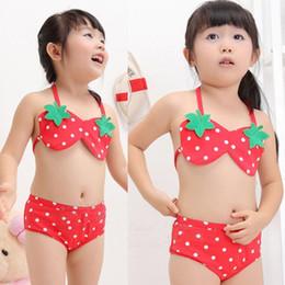 2019 menina biquíni de uma peça Crianças Meninas Swimwear 3 Pcs Set Bikini Tops 1-7Y Bebê Calças Chapéu Morango Swimsuit