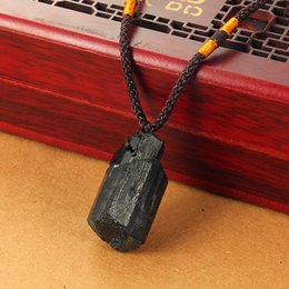 Joyas de turmalina negra online-Natural de cristal 1pcs Piedra Turmalina Negro Jet colgante de piedra multi-estilo collar original Ore accesorios de la joyería regalo