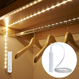 Veilleuses de LED avec capteur de mouvement allumant la lampe de mur étanche Cabinet escaliers induction LED pour enfants ? partir de fabricateur