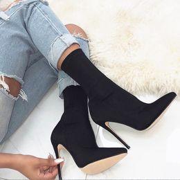 Bota de sapatos de seda on-line-Sapatos de salto alto bomba apontou meias de seda elástica sapatos mulheres tendência de moda desgaste casual botas US5 ~ US11