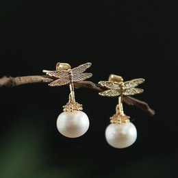 Clavos diamantes perlas online-Pearl Delicate Ear Nails Mujer chapado en diamante Auténtico Gold Dragonfly Color S925 Pure Silver Ear Nails