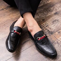 Diseñador de los hombres italianos de calidad superior Oxfords zapatos formales masculinos pisos Casual de negocios zapatos de boda y vestidos de baile zapatos de gran tamaño EU47 desde fabricantes