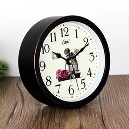 Argentina Niños de madera Despertador Despertar Mesa de noche Decoración de escritorio Reloj Reloj Mecanismo Una voz silenciosa atómica mecánica LZH561 supplier desktop alarm Suministro