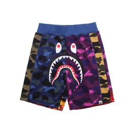 2020 kurze jogger mens 2019 neue Mens Shorts Ape Camouflage Casual Hosen Shorts aus einem Bad Aape Ape Basketball Shorts Weiß Shark Druck Jogger Baumwolle billig günstig kurze jogger mens