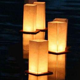 2019 candela galleggia l'acqua Commercio all'ingrosso lanterne di carta di galleggiamento Luce quadrati cinesi Benedizione Festival lanterne che augurano a luce Acqua Candle Light sconti candela galleggia l'acqua