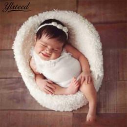 Bebê recém-nascido on-line-Bebê Fotografia Adereços Recém-nascidos Mini Posing Sofá Cadeira Photo Shoot Acessórios Infantil Estúdio Tiro Adereços Bebê Menino Cesta adereços J190517