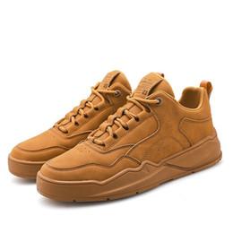 Men Casual Shoes 2019 Fashion Sneakers Men Shoes New Chunky Sneakers Tennis Calzature per adulti 44 S 3 colori supplier fashion tennis shoes da scarpe da tennis di moda fornitori
