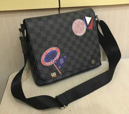 Dimensioni delle borse scolastiche online-2019 DISTRICT PM Alta qualità nuovo 2 formato famoso marchio classico designer moda uomo messenger borse cross body bag sacchetto di scuola bookbag a tracolla