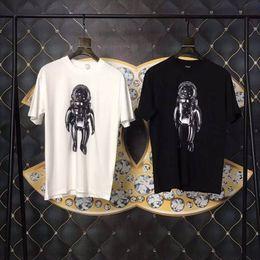 Argentina 19SS nuevo diseño Galaxy Spaceman hombre mujer Monograma Camisetas por satélite Carta de impresión camiseta de manga corta para hombre tops poloshirts cheap mens galaxy t shirt Suministro
