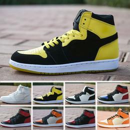 info for 45e4d 68913 Nike Air Jordan 1 2019 1 High OG Hommes Chaussures De Basketball Banni Au  Toit Ombre Or Top Meilleure Qualité Designer Hommes Athlétisme Baskets  Formateurs ...
