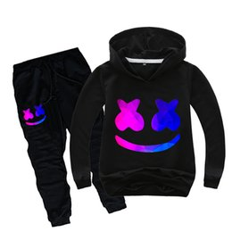 2 adet Erkekler Kızlar Kapüşonlular Seti Marshmello Moda Tasarımcısı Kapşonlu Kazaklar Sweatershirts 2020 Yeni Bebek Çocuk Giyim Tops + Pantolon ayarlar nereden v eşofman erkekleri tedarikçiler