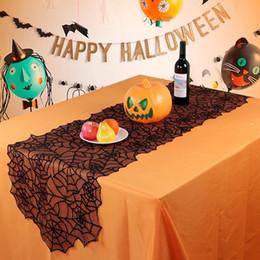 Toalhas de mesa de pano preto on-line-Tabelas Tabela Decoração Halloween Black Lace Teia de aranha Toalha Lareira Scarf criativas Festa cobertura de pano Home Decor GGA2684