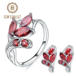 2019 conjuntos de jóias garnet vermelho GEM'S BALLET Pure 925 Sterling Silver Gemstone Set For Women Engagement Leaf Shape Natural Red Garnet Earrings Ring Jewelry Sets desconto conjuntos de jóias garnet vermelho