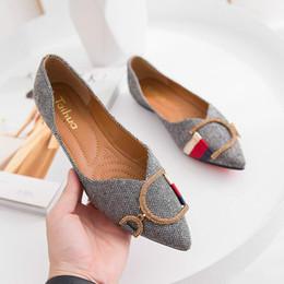 2019 diseñador de ballet Las mujeres de los holgazanes de viajes Prom Pisos las mujeres del diseñador deslizadores de las sandalias de zapatos de lujo Pisos hebilla del metal del Rhinestone de ballet del tamaño grande de Q-10 diseñador de ballet baratos