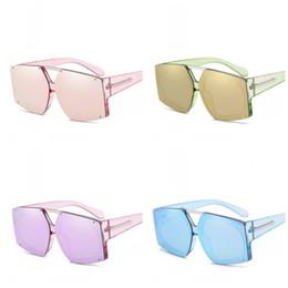 Flecha gafas de sol hombres online-Metal Arrow Gafas de remache irregulares Retro Lente Marina Gafas de sol de color caramelo Hombres y mujeres Gafas de uso general Fáciles de limpiar 19jrc I1