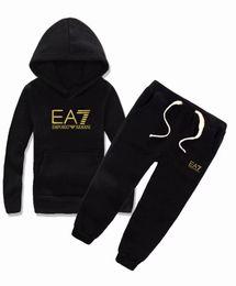 Conjuntos de vestidos de otoño de las niñas online-2019 marca Boys And Girls Suit Chándales suéter conjunto de ropa Venta caliente Moda Primavera Otoño Vestidos para niños Suéter de manga larga