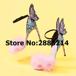 Scarpe tacco a colore rosa online-Cut Pink Fur Open ToeMixed Colour 3D Butterfly Sexy Brand Style Donna Tacchi alti Party Dress Lady Pompe Scarpe Ankle Wrap Sandali
