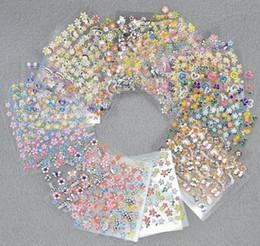 2019 design de mode artistique 3D Nail Art Stickers Mix Couleur Floral Design Stickers Manucure Beaux Accessoires De Mode Décoration 50 pcs / Set MMA1236 promotion design de mode artistique