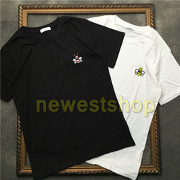 bee tee shirts Promo Codes - 2020 new Summer Luxury Europe mens embroidery bee t shirt Top quality t shirts Fashion High Quality designer t shirt Women Street Casual tee
