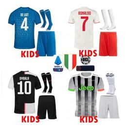 Pullover per calcio di calcio online-19 20 Juventus Soccer Jersey bambini kit 2020 DE Ligt Dybala HIGUAIN BUFFON RONALDO portiere di calcio Camicia uniforme