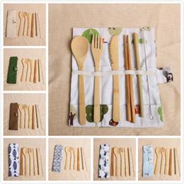 2019 pauzinhos faca garfo 7 pçs / set conjunto de talheres de bambu eco-friendly talheres 20 estilo portátil palha de bambu conjunto de louça com pano saco facas garfo colher pauzinhos pauzinhos faca garfo barato