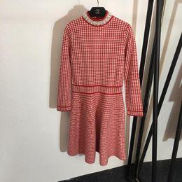 cea5108214ab Designer 2019 Grigio   Rosso pied de poule di lana lavorata a maglia lungo  da donna vestito di fascia alta perline indietro aperto abiti da donna  8288350