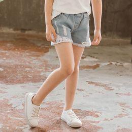 одежда для коротких джинсов Скидка Мода кружева девушки шорты отверстие девушки джинсы дети дизайнер одежды девушки брюки детская одежда дети дизайнер одежды дети джинсы A6262
