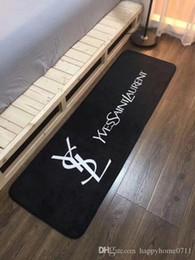 Argentina Moda creativa de lujo sala de estar dormitorio cocina baño antideslizante tela patrones de transporte patrones de impresión alfombra alfombra 50 * 160 cm supplier kitchen print fabric Suministro