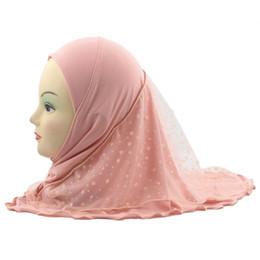 2019 écharpes de hijab de dentelle 10pcs filles enfants musulman hijab islamique arabe foulard châles belle dentelle motif de neige pour les 2 à 7 ans filles en gros promotion écharpes de hijab de dentelle