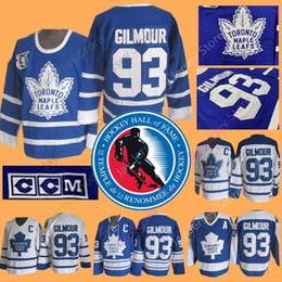 Maglia di Doug Gilmour con la patch della Hockey Hall of Fame del 2011. Toronto Maple Leafs Jerseys Vintage CCM Home Away da