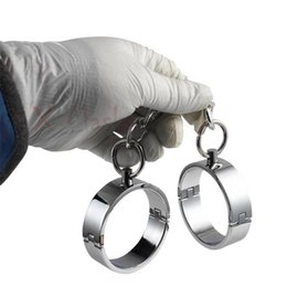 kette knöchelmanschette Rabatt Fußfesseln Handfesseln Stahl Metall Handschellen für Sex Bondage Fesseln Kette Erwachsene BDSM erotische Eisen Prop Kostüm weiblich