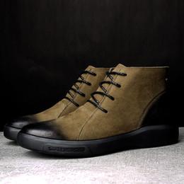 b73cc08353 Homens quentes Botas de Inverno para Homem Quente À Prova D  Água Botas de  Chuva Sapatos 2018 Novos homens Tornozelo Bota de Neve Moda homens Inverno  ...