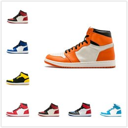 e619fa507f4f Cheap 1 top 3 Banned Bred Toe Chicago OG 1s Game Royal Blue mens basketball shoes  sneakers Shattered Backboard men retro designer trainers nude women ...