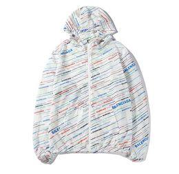Giacca a vento selvaggio giacca a vento nuova tendenza moda cappotto comodo lettera lettera maschile da pizzi fluorescenti fornitori