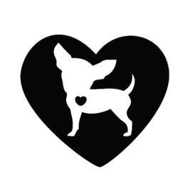 decalques da janela de carro do cão adesivos Desconto 12x13 cm Coração Chihuahua Dog Animal Preto / branco dog Car Adesivo decalques à prova d 'água Car Styling Acessórios Decoração Da Janela CL008