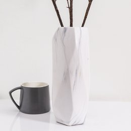 Modernes Dekor Keramik Marmor Vase weiße Blume Topf Blume Display Hochzeit Housewarming Geschenk Geometrie Vase Porzellanflasche Boden hoch Vase von Fabrikanten