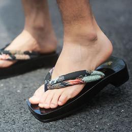 sandales japonaises Promotion WHOHOLL Geta 2019 Sandales D'été Hommes Japonais Geta Tongs pour Homme Cos Noir Bas Dragon Impression En Bois Sabots Pantoufles